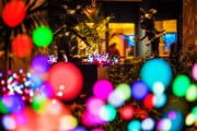 disneyland-hotel-exterior-mickey-mouse-minnie-bokeh