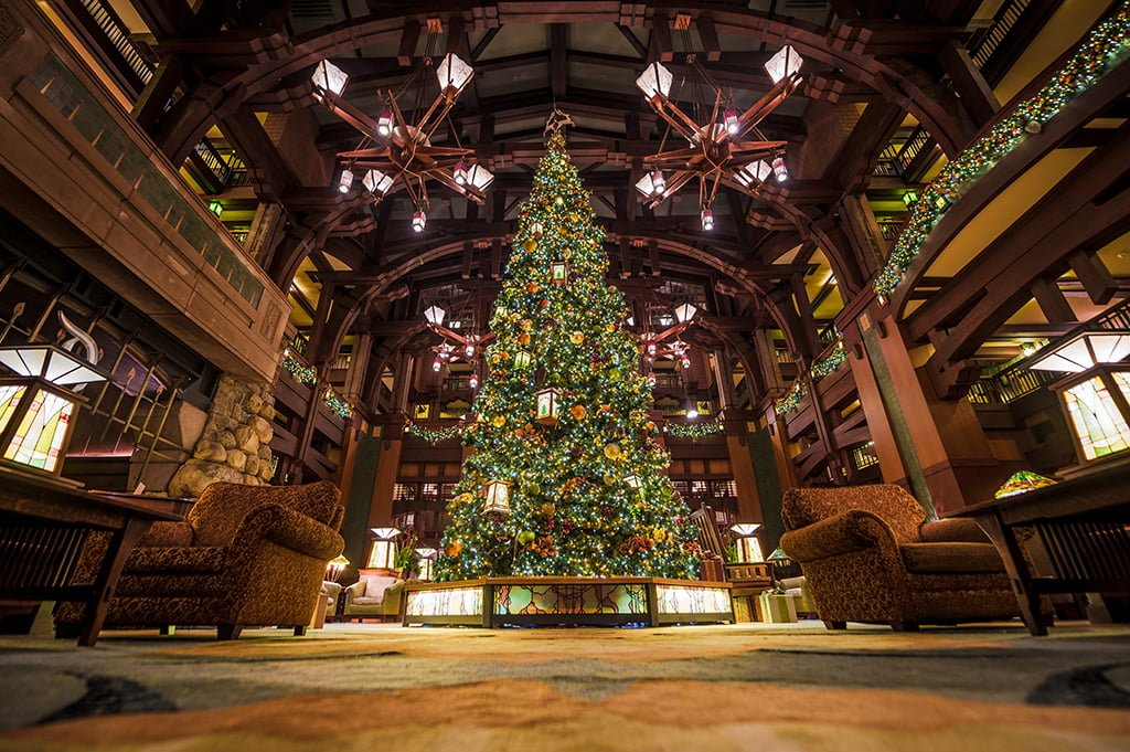hotels of disneyland at christmas half day tour disney