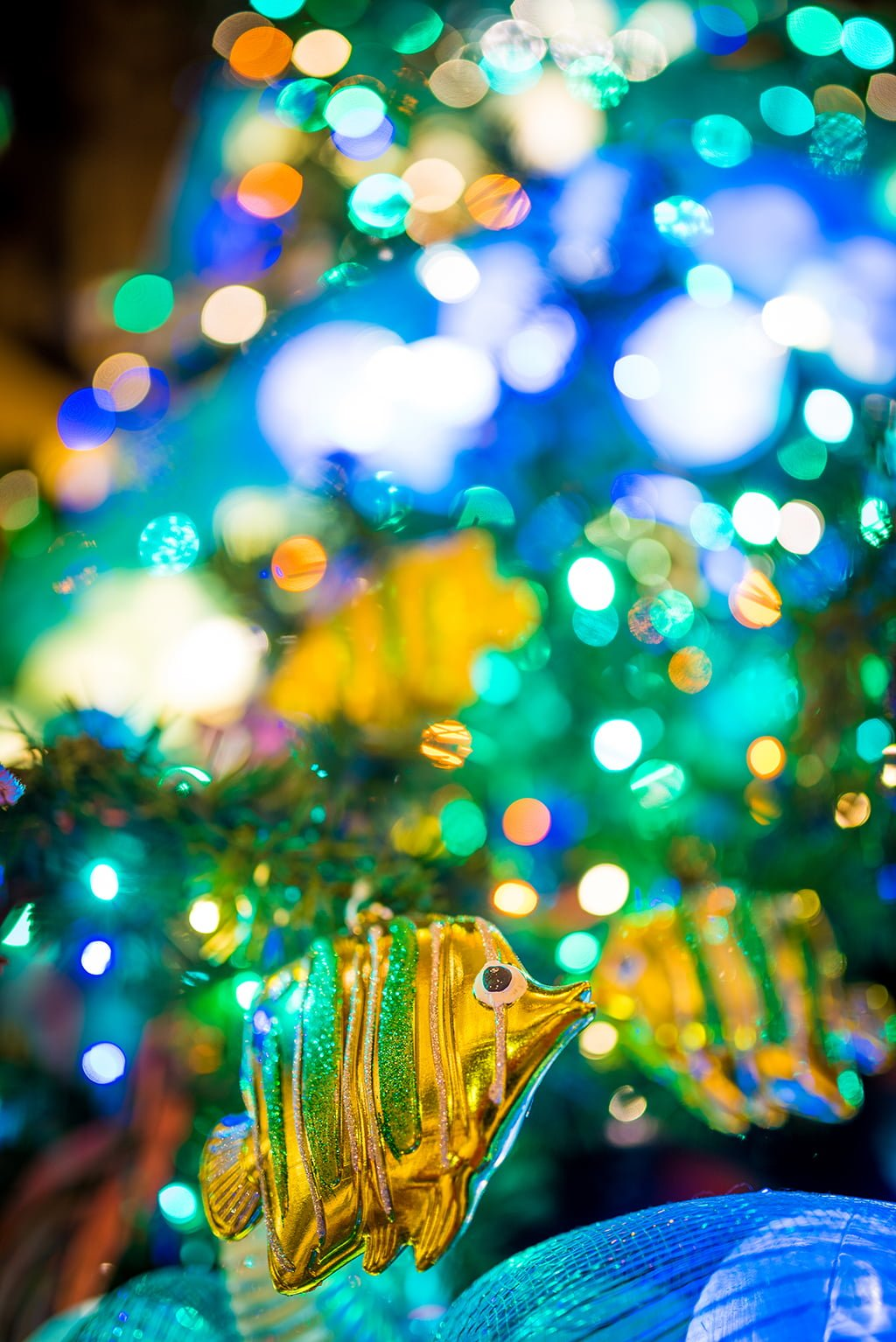 disneyland hotels christmas decorations 029 - Disneyland Christmas Decorations