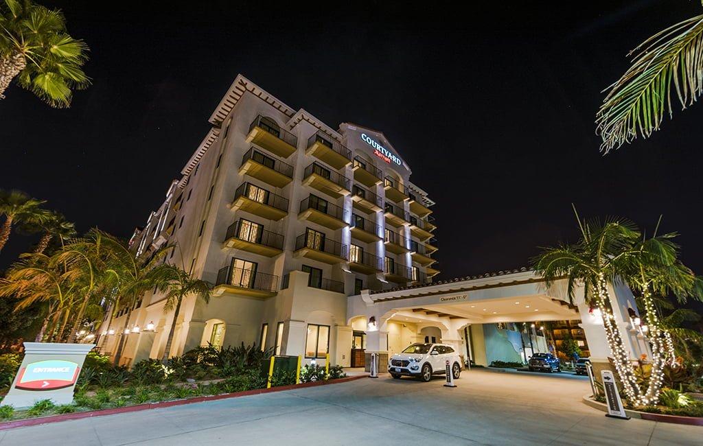 Courtyard Anaheim Theme Park Entrance Hotel Review