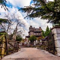 phantom-manor-graveyard-gates