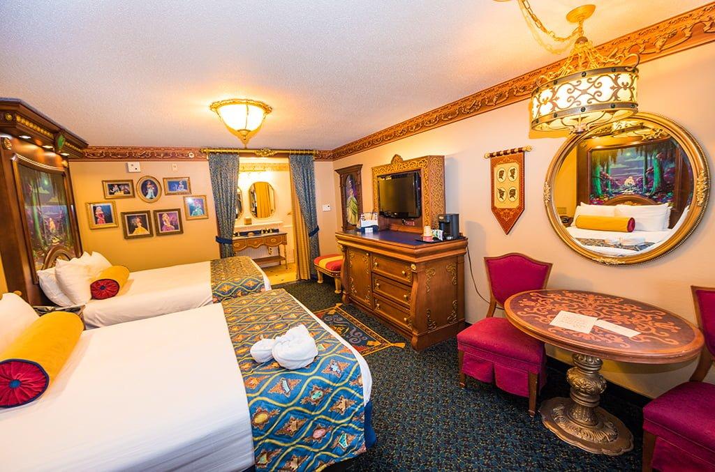 Port New Orleans Riverside Royal Room