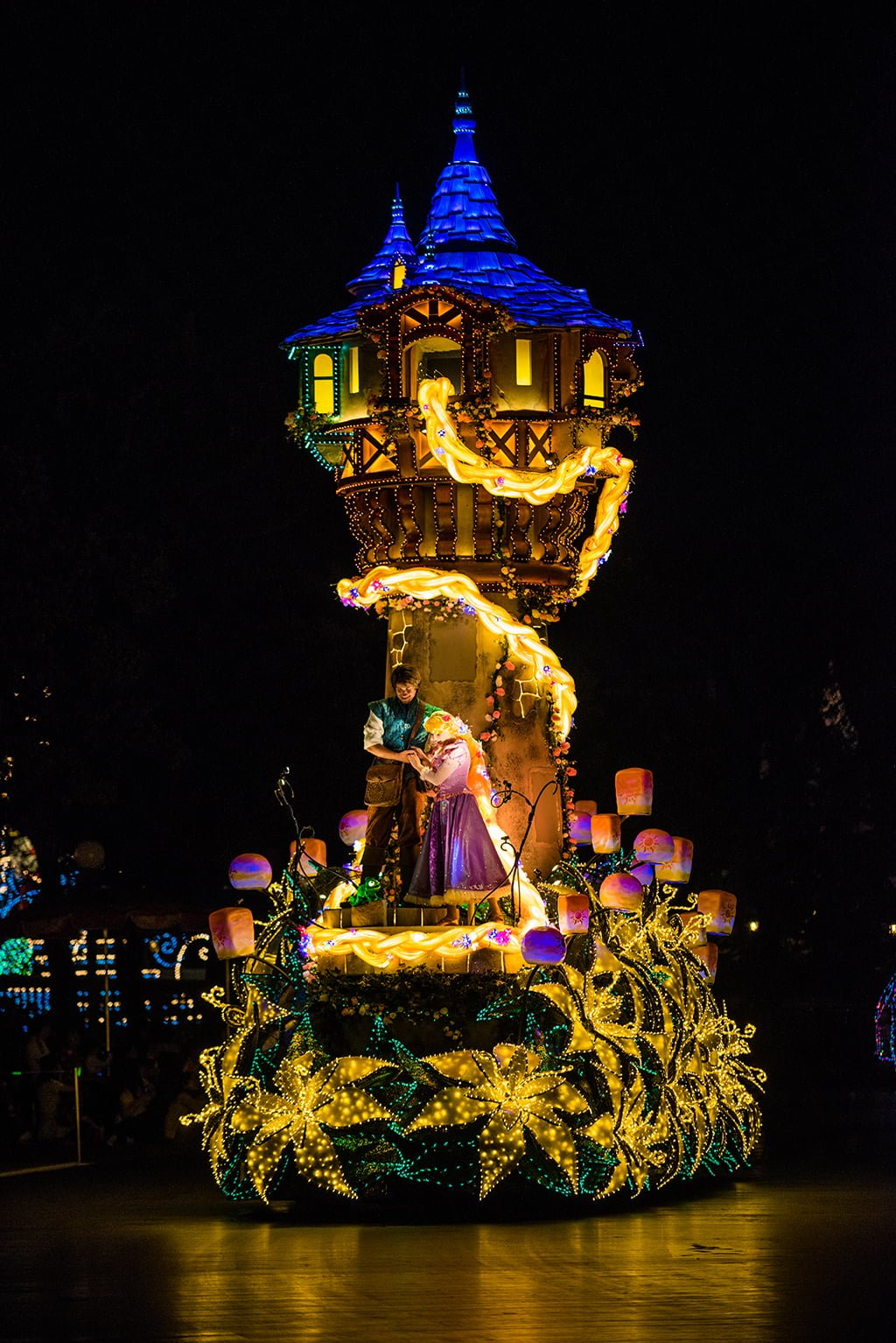 Dreamlights: Disney's Best Night Parade - Disney Tourist Blog
