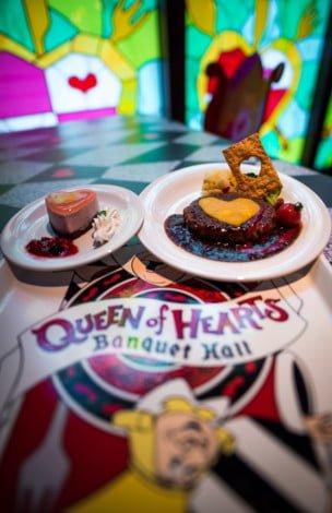 queen-hearts-banquet-hall-tokyo-disneyland-003