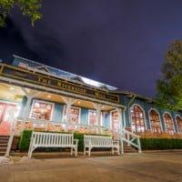riverside-mill-port-orleans-food-court-025