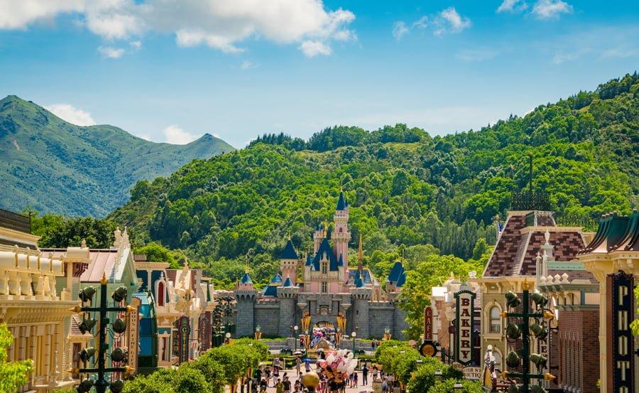 Hong Kong Disneyland Promises to glory your childhood