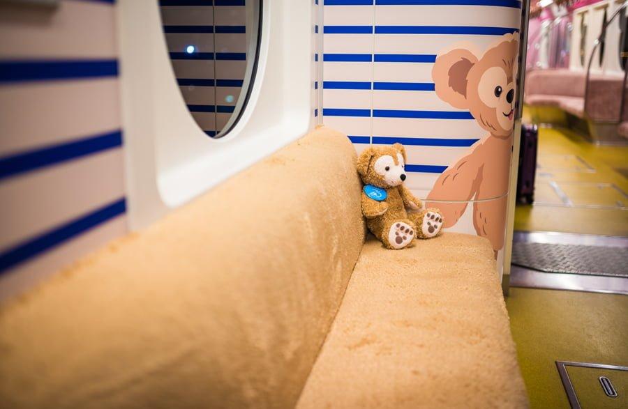 duffy-friends-resort-liner-monorail-tokyo-disney-resort-002