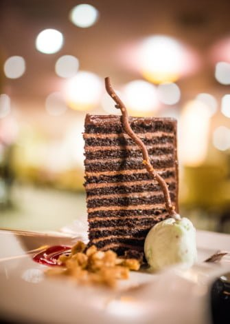 steakhouse-55-lounge-disneyland-hotel-016
