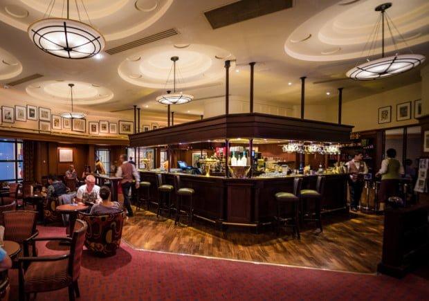 disneyland-paris-bars-lounges-008
