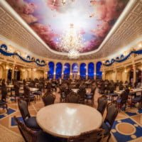 empty-ballroom-tall-be-our-guest-restaurant-magic-kingdom-disney-world