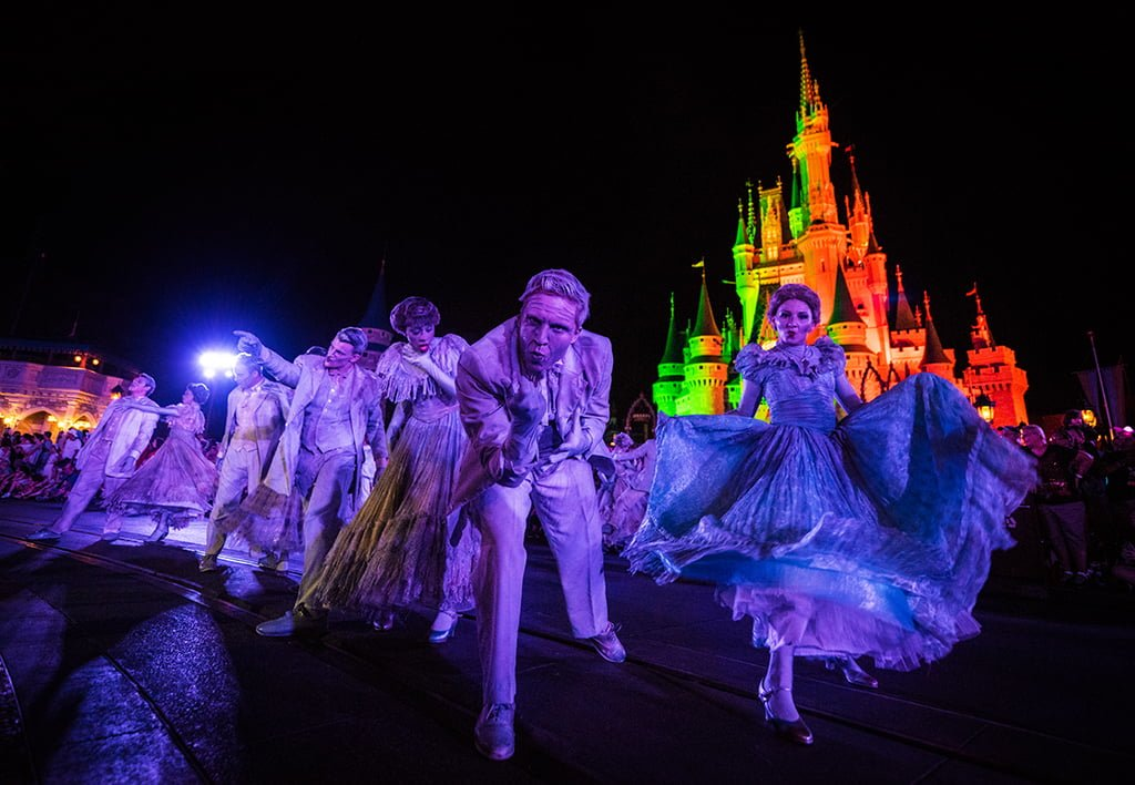 Mickey's Boo-to-You Halloween Parade Tips & Photos - Disney ...