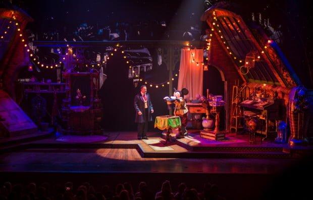 mickey-magician-walt-disney-studios-park-100