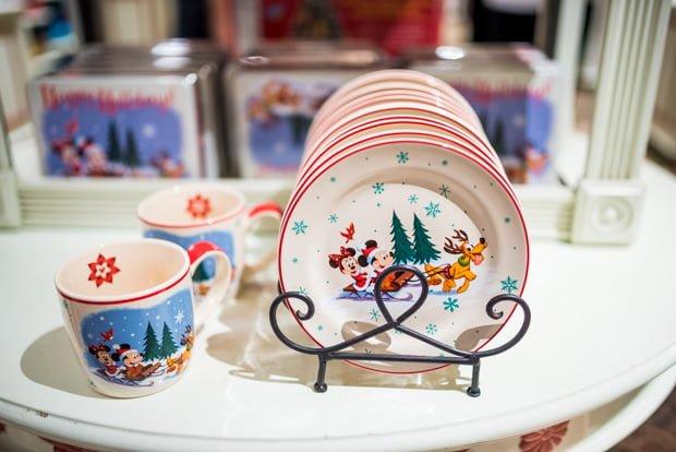 Disney Parks 2016 Christmas Merchandise & Disney Parks 2016 Christmas Merchandise - AdventureStartsNow.Com