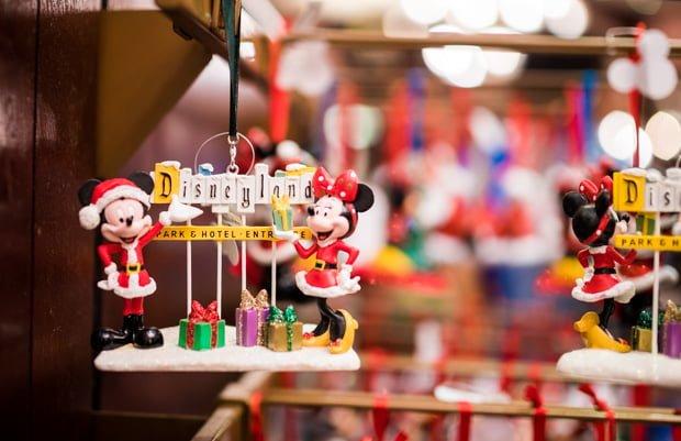 Disneyland Christmas Decorations 2017 : Disney parks christmas merchandise tourist