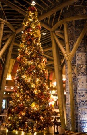christmas-animal-kingdom-lodge-walt-disney-world-136