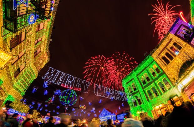 osborne-lights-merry-christmas-fireworks-wdw-dhs-bricker