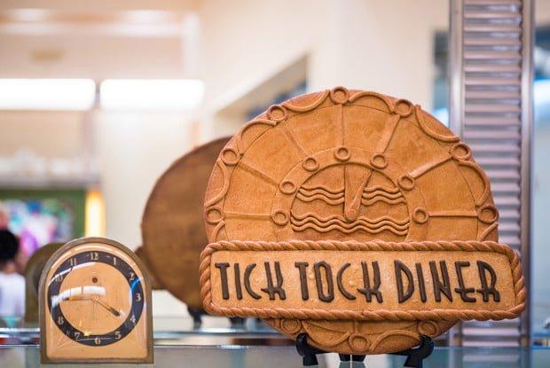tick-tock-diner-ambassador-hotel-tokyo-disney-resort-191