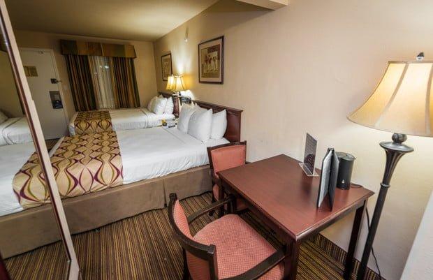 grand-legacy-park-anaheim-disneyland-hotel-012
