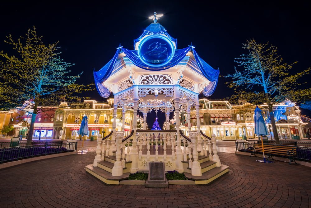 Disneyland paris 25th anniversary trip report part 1 for Where to go for anniversary trip