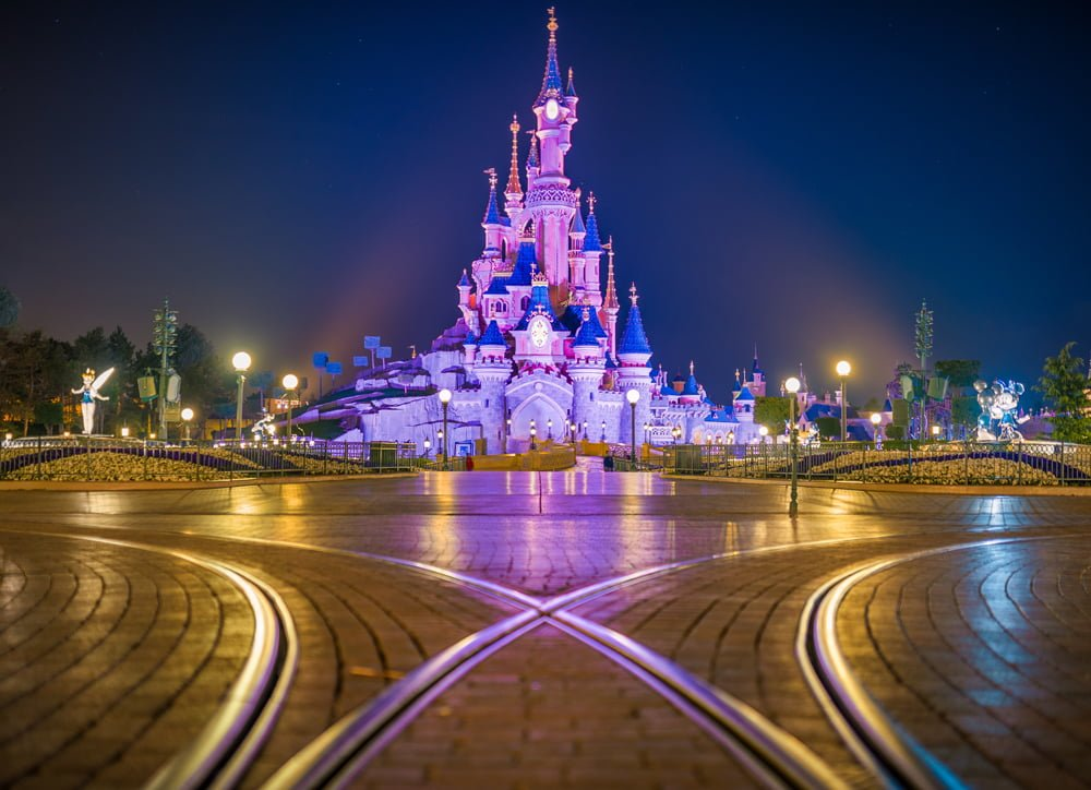 how to say disneyland in french